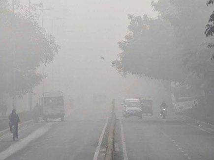 Delhi Pollution :  SC ने कहा-10 से 15 साल पुरानी गाड़ियों पर जारी रहेगा प्रतिबंध