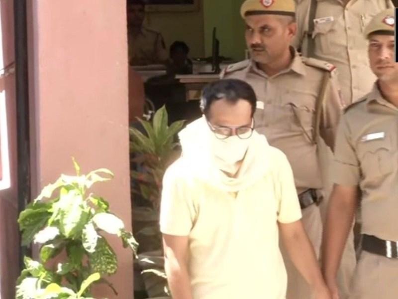 पति ने दिया तीन तलाक, पत्नी ने किया विरोध तो Whatsapp पर भेजा फतवा, अब हुआ गिरफ्तार