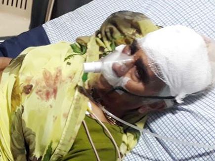 बहू की इज्जत बचाने 70 साल की सास हथियारबंद युवक से भिड़ी