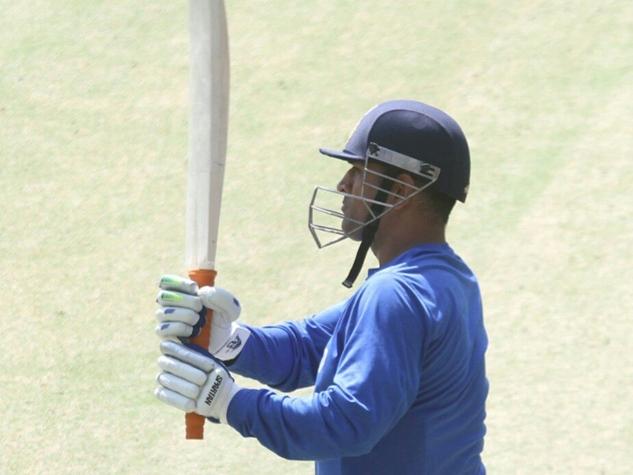 टीम इंडिया ने जमकर बहाया पसीना