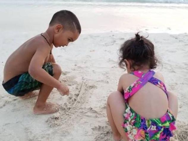 शिखर धवन के बेटे के साथ खेल रही धोनी की बेटी, साक्षी ने शेयर की तस्वीर