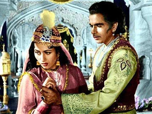 वेलेंटाइन डे स्पेशल : बॉलीवुड की रोमांटिक जोड़ियां जिनकी प्रेम कहानी रह गई अधूरी