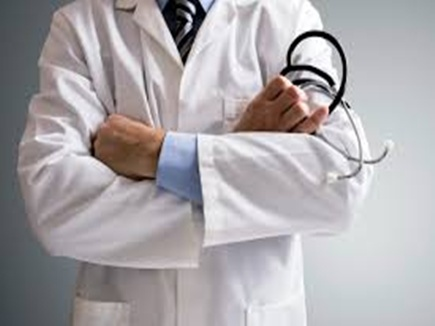 नसबंदी ऑपरेशन में 13 महिलाओं की मौत का जिम्मेदार चिकित्सक बहाल