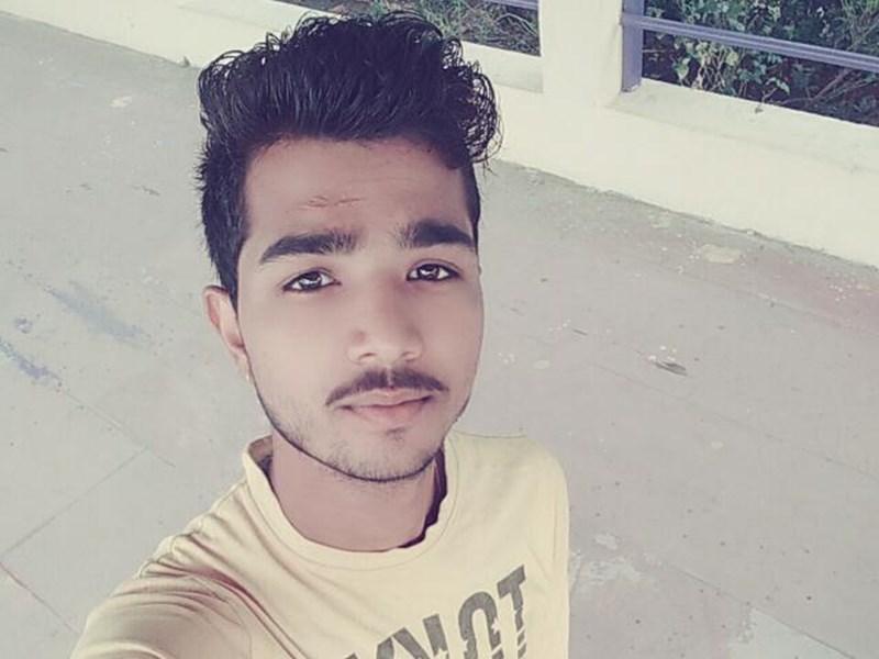 Ratlam News : कपड़े सुखाते वक्त करंट लगने से पिता-पुत्र की मौत, मां-बेटा झुलसे