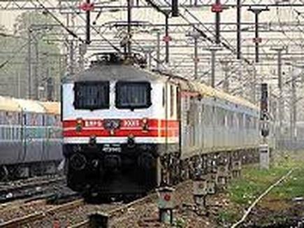 100 की गति से समनापुर से दौड़ी इलेक्ट्रिक ट्रेन, 58 किलोमीटर की दूरी तय कर पहुंची गोंदिया
