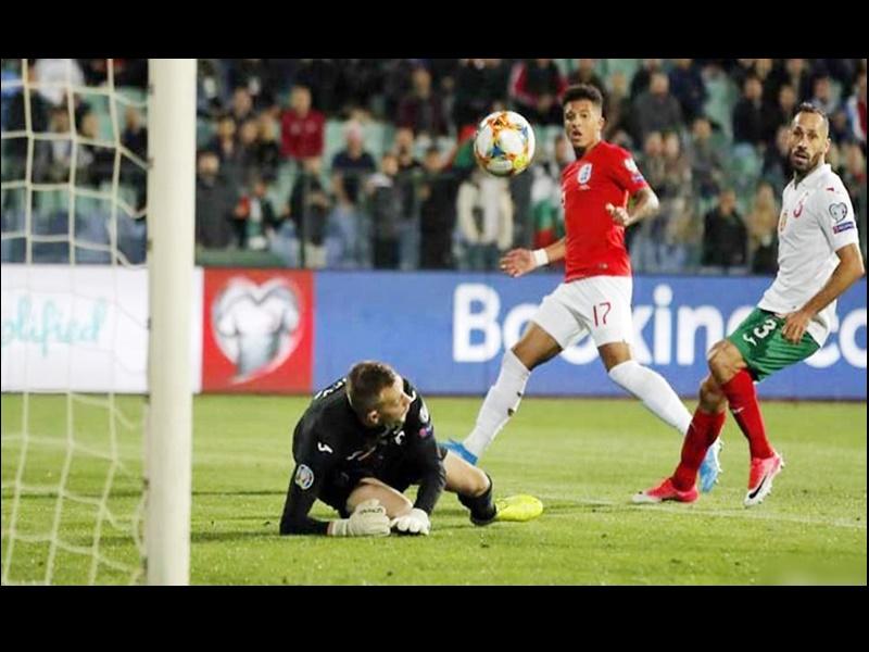 Euro Cup Football Qualifying: रोनाल्डो ने दागा 700वां गोल, पर टीम हारी, यूक्रेन ने किया क्वालीफाई
