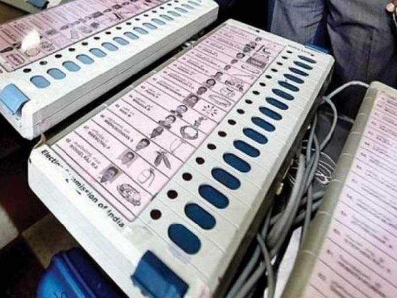 Bilaspur : 3 दिनों में जिला निर्वाचन कार्यालय आए 1400 से ज्यादा ईवीएम