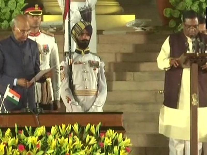 Modi Cabinet 2019 : मंडला से छठी बार जीते फग्गनसिंह कुलस्ते फिर मोदी की नई टीम में