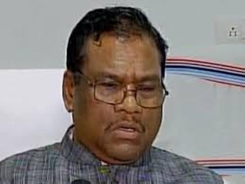 कमलनाथ सरकार आदिवासी और किसान विरोधी : केंद्रीय मंत्री कुलस्ते
