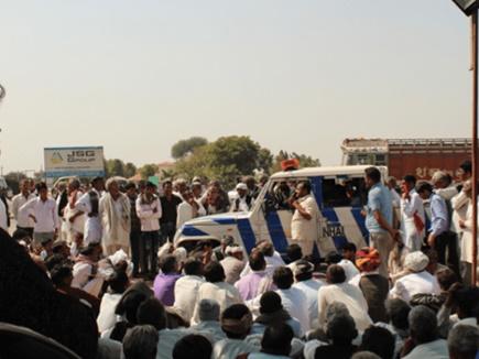 रिहा हुए किसान नेता, वापस लिया चक्का जाम का आह्वान