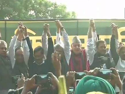Farmers protest in Delhi : किसान आंदोलन को मिला राहुल गांधी, केजरीवाल का समर्थन