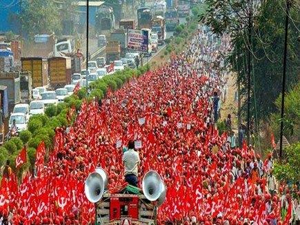 महाराष्ट्रः किसानों ने जीती जंग, मुंबई ने जीता दिल