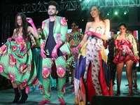 इंदौर की जमीं पर उतरे फैशन जगत के सितारे, रैम्प पर बिखेरा जलवा