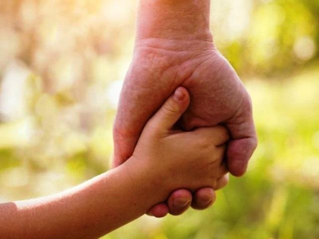 जन्म के 4 साल बाद दूसरे बेटे को पहली बार देखा, तो फूट-फूटकर रो पड़ा पिता