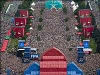 FIFA WC : पेरिस से लेकर मॉस्को तक मना जीत का जश्न, देखिए PHOTOS