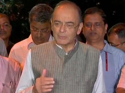 आर्थिक हालात पर पीएम ने ली बैठक, वित्त मंत्री बोले- खपत बढ़ने से जीएसटी वसूली बढ़ी