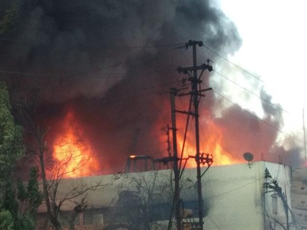 इंदौर के सांवेर रोड औद्योगिक क्षेत्र में लगी भीषण आग, देखिए तस्वीरें