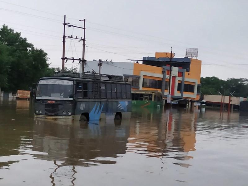 Madhya Pradesh Weather Update : नीमच के रामपुरा में बाढ़ से 200 से ज्यादा घर-दुकानें जलमग्न