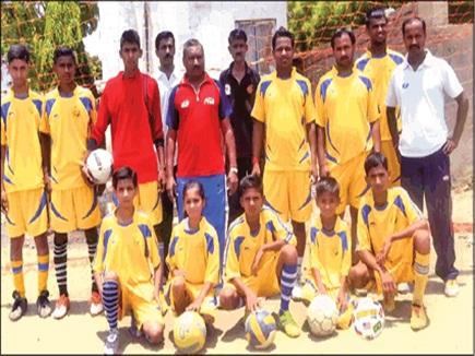 अनोखा परिवार : 14 सदस्य खेल चुके राज्य स्तरीय फुटबॉल स्पर्धा