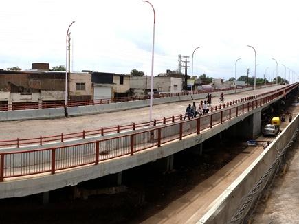 सफाई के लिए खोला तो जनता ने ही कर लिया गाड़ी अड्डा ब्रिज का 'लोकार्पण'