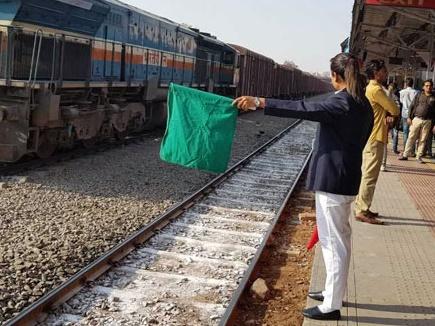 जयपुर : गांधी नगर देश का पहला 'ऑल वूमन रेलवे स्टेशन'