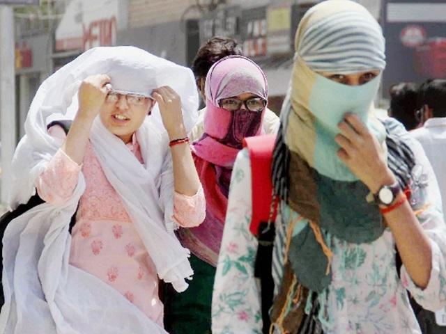 Madhya Pradesh Weather : खरगोन में 46.5 डिग्री, छिंदवाड़ा व धार में चली लू