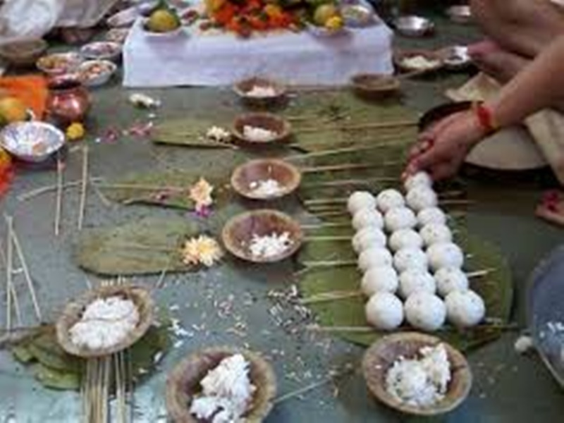 Pitru Paksha 2019: उज्जैन में भी है गयातीर्थ, फल्गु किनारे जैसा मिलता है श्राद्ध का फल