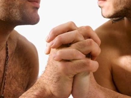 सुप्रीम कोर्ट सुनेगा कि समलैंगिकों पर बनी फिल्म होगी टैक्स फ्री या नहीं