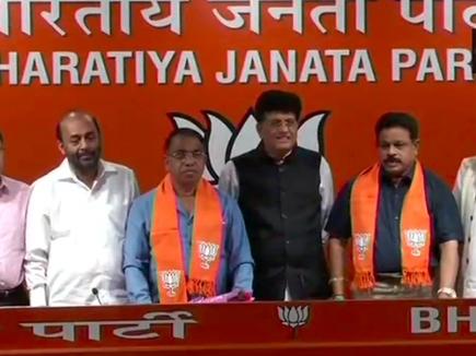 कांग्रेस को झटका, गोवा के दो विधायक भाजपा में शामिल