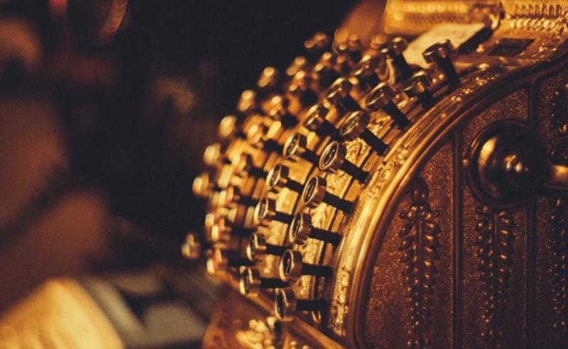 Gold Rate Today: सोने की कीमतों में तेजी जारी, चांदी के भी बढ़े दाम