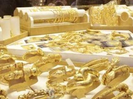 Gold, Silver Price : मांग कमजोर होने से सोना गिरा, चांदी में मजबूती