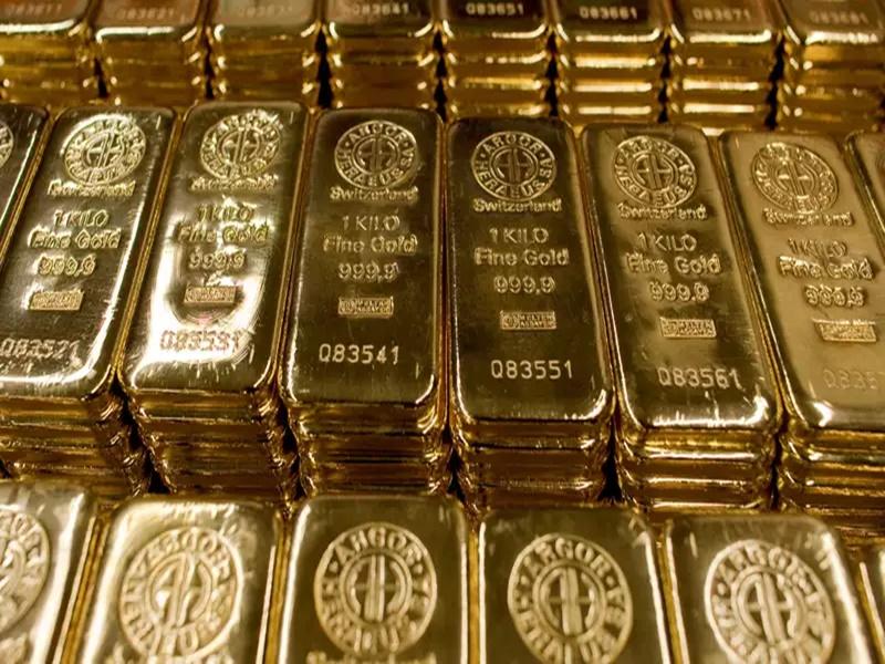 Gold Seized: जूते में छिपाकर रखा था करोड़ों का सोना, डीआरआई ने किया ऐसे जब्त