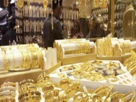 सोने की कीमत इतने रुपए कम हुई, चांदी की चमक भी फीकी पड़ी