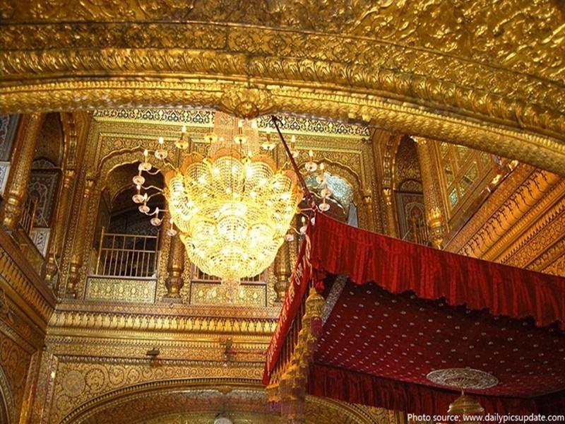 Sikh Treasure: गृहमंत्री शाह ने सिख समुदाय के बहुमूल्य खजाने और दस्तावेजों की मांगी लिस्ट