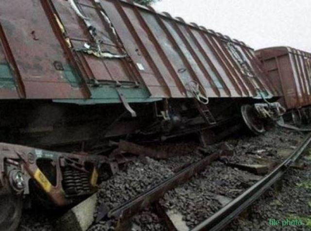 कानपुर में मालगाड़ी बेपटरी, शताब्दी समेत 45 ट्रेनें प्रभावित