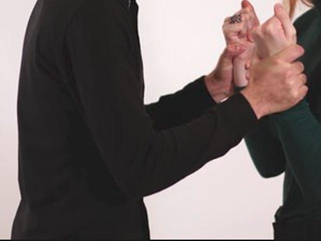 दुष्कर्म से बचने के लिए महिला ने खुद को बताया HIV पॉजिटिव
