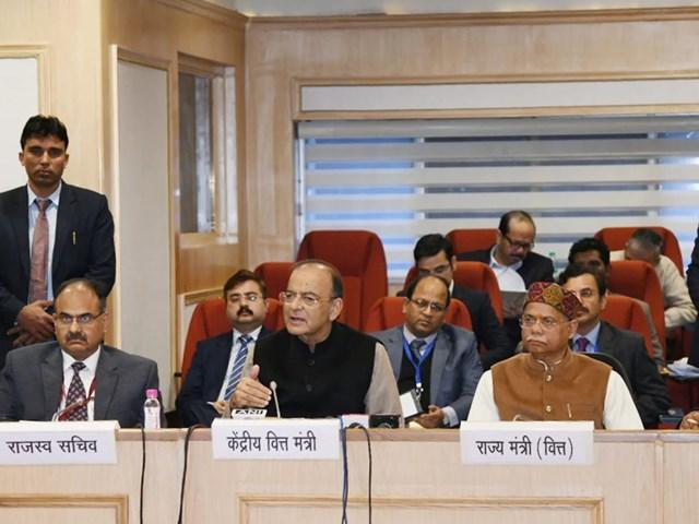 GST काउंसिल की बैठक में रियल एस्टेट सेक्टर की नई दरों को लागू करने की व्यवस्था को मंजूरी