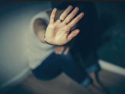 गुजरात में रोजाना एक लड़की होती है दुष्कर्म की शिकार, गृह विभाग की रिपोर्ट