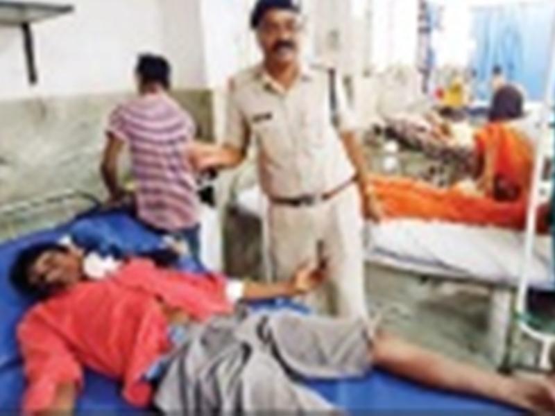 बिलासपुर में युवक ने चाकू से खुद पर कर दिए वार, युवक के तड़पने पर बाजार में मच गया हडंकंप