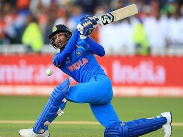 टीम इंडिया में हार्दिक के समान प्रतिभाशाली खिलाड़ी कोई नहीं : सहवाग