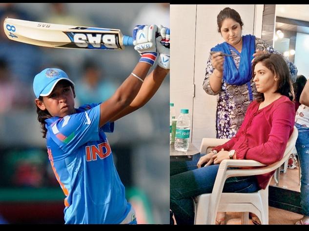 मेकअप सेशन को यूं एंजॉय कर रही स्टार बल्लेबाज हरमनप्रीत