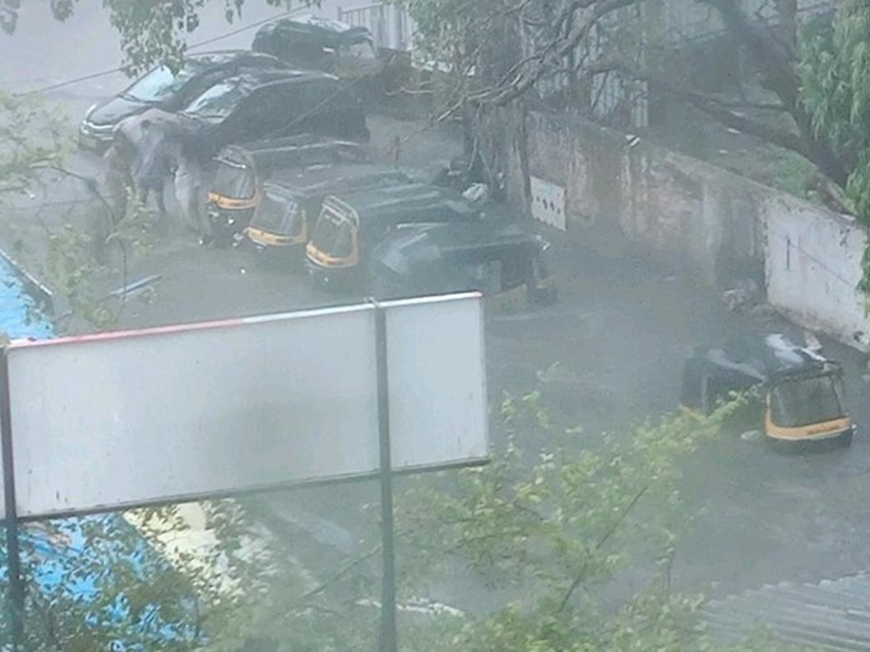Image result for मुंबई में बरपा मानसून का कहर, 43 लोगों की अबतक मौत