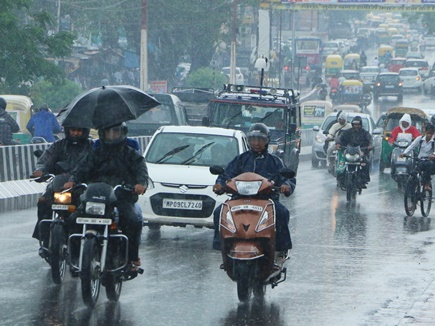 भोपाल और इंदौर सहित आस-पास के इलाकों में भारी बारिश की चेतावनी