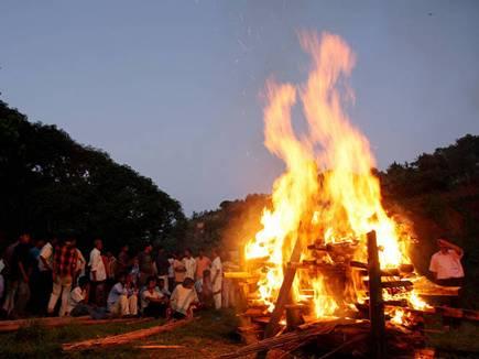hindu funeral 10 10 2017