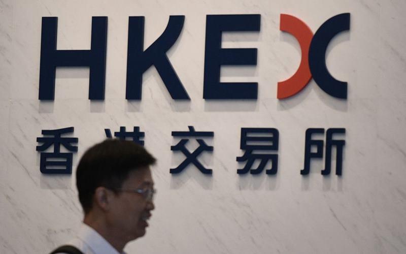 हांगकांग शेयर बाजार ने 32 अरब पाउंड में लंदन शेयर बाजार खरीदने की पेशकश की