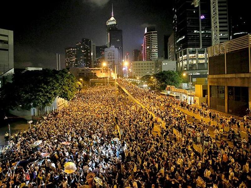 हांगकांग की नेता ने कही प्रत्यर्पण बिल निरस्त होने की बात, प्रदर्शनकारियों को नहीं है भरोसा