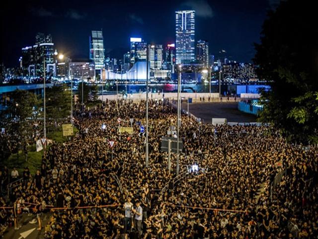 Hongkong Extradition Law: प्रत्यर्पण कानून में बदलाव को लेकर हांगकांग में विरोध प्रदर्शन