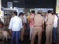 Hubli Railway Station : हुबली रेलवे स्टेशन पर विस्फोट, एक यात्री घायल, प्लेटफार्म पर सर्चिंग शुरू