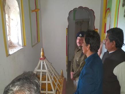 Narsinghpur Idol Theft: श्रीराम मंदिर से 400 साल पुरानी मूर्तियां चोरी, कीमत करोड़ों में