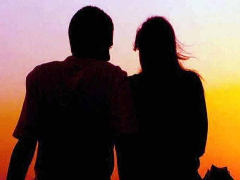 Raipur : अफसर प्रेमी को अफसर प्रेमिका के साथ मजिस्ट्रेट पत्नी ने बंद कमरे में पकड़ा, मचा बवाल